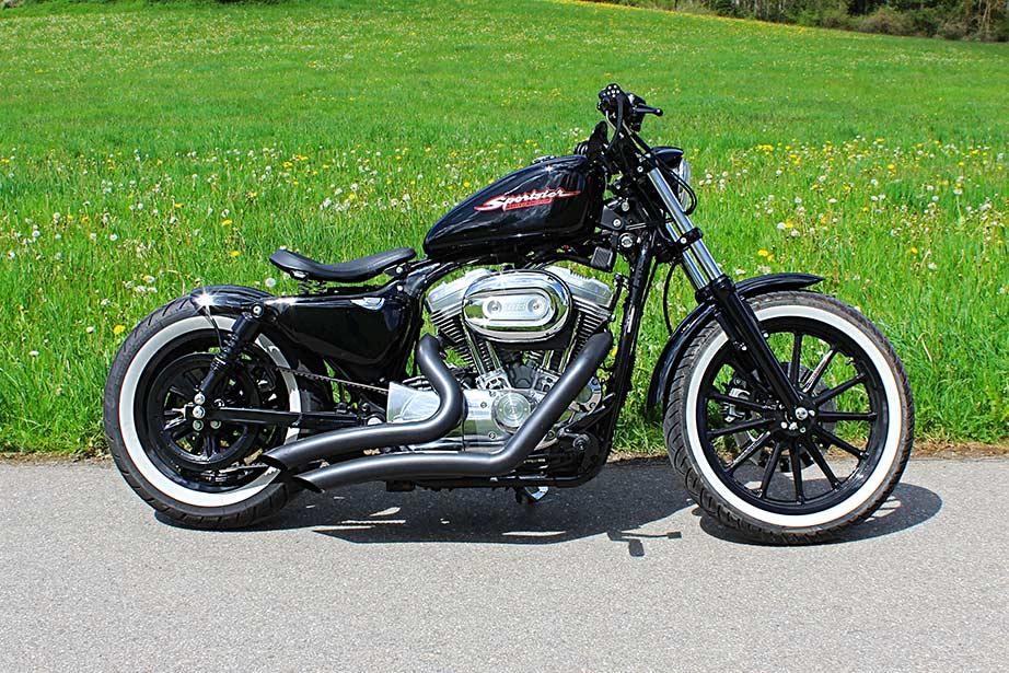 Harley Davidson Street  Vs Sportster